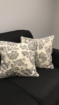 Accent pillows  Lockport, 14094