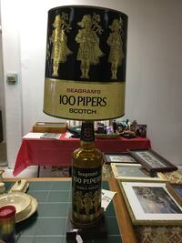 Vintage 70's 100 pipers scotch lamp Oklahoma City, 73112