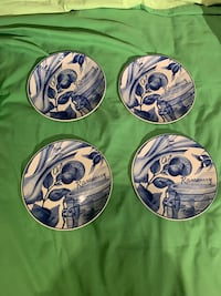 Blue and white 4 cheese/dessert plates Wilmot, N3A