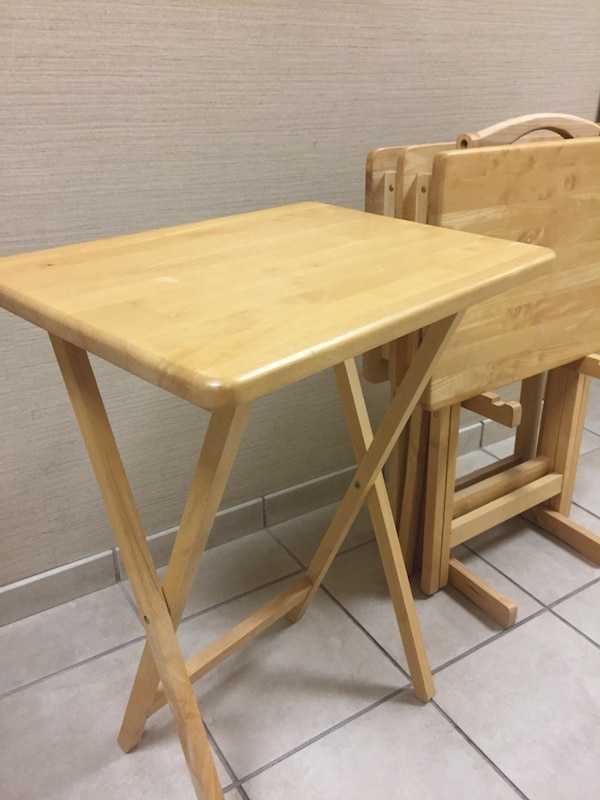 5 piece natural wood tray table set