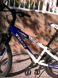 blue and black hardtail mountain bike Washington, 20011