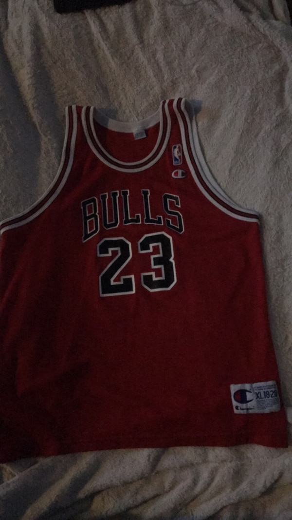 new product 66944 6a6fc Vintage Champion Chicago Bulls Michael Jordan Jersey Youth XL 18-20