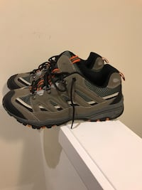 Mens shoes, like new, size 12.5 Hamilton, L8J 0H8