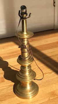 Lamp stand made of brass  Pinole, 94564