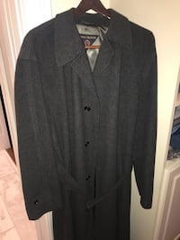 Tommy Hilfiger Wool Trenchcoat Size 42 Milwaukee, 53202