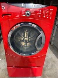 red front-load clothes washer Stafford, 22556