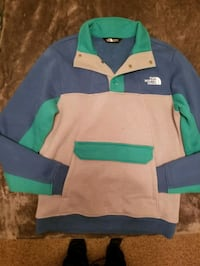 Brand New The NORTH FACE Pullover Columbia, 38401