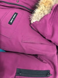 Goose coat color farre berry New York, 10452