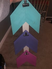 Hanging wall decor with clips  Stafford, 22554