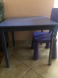 One Chair and Table for Kids - Purple.
