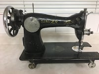 Vintage Singer 2816 Sewing Machine - Make an offer