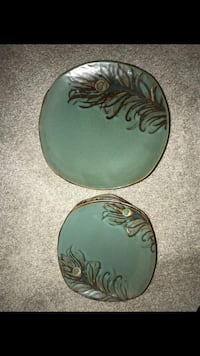 Peacock Dish set 4. From Pier One. In Excellent Condition  Lombard, 60148