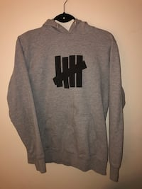 Size M Undefeated Hoodie Burnaby, V3J 7B5