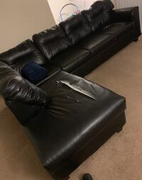 black leather tufted sofa chair Owings Mills, 21117