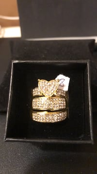 Women's. 18 kt gold filled 3 ring cz diamond wedding engagement ring set size 8 Hasbrouck Heights, 07604