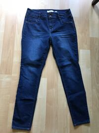 d. Jeans New York. Ladies Size 12 - $10 Mississauga, L5L 5P5