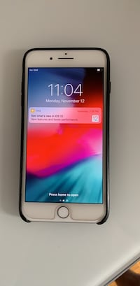 iPhone 8 Plus 64GB - silver/white - excellent condition  543 km