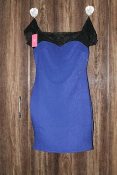 black and blue scoop neck mini dress