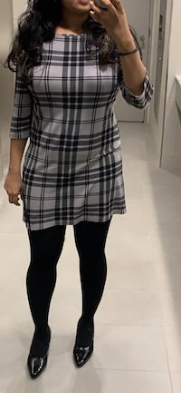 Checkered dress  Toronto, M9A 4Y6
