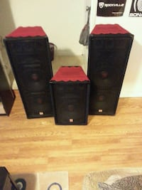 "floor standing speakers with double 12"" woofers an Baltimore, 21230"