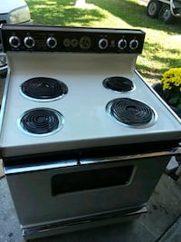 price is negotiable black and withe electric stove Seminole, 33772