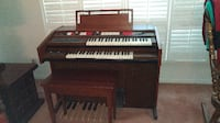 Baldwin Organ and storage bench TORONTO