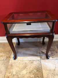 Display side table  Toronto, M9B 5S2