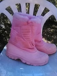 Pink Snow Boots  size 5 women's