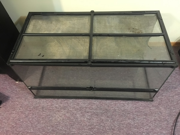 Used Exo Terra Glass Reptile Tank For Sale In Aurora Letgo