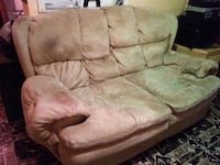 Sofas All leather 3 piece package deal . Pembroke Pines, 33026