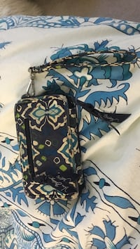 black and white floral Vera Bradley wristlet