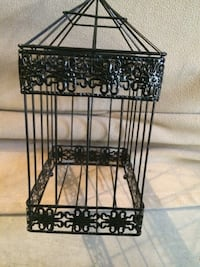 Black metal screen container