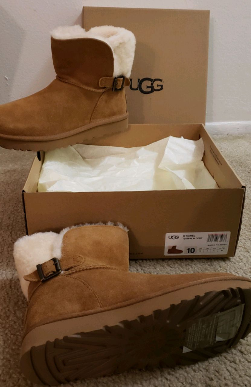 pair of brown UGG Bailey Button boots with box for sale  Clinton Township