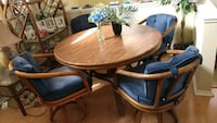 Solid Wood Table and Chair Set Los Angeles, 90731