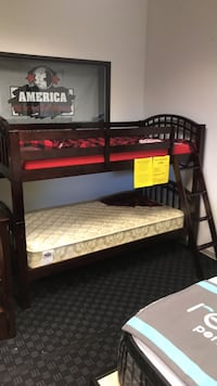 Bunkbed in Espresso or White  Vancouver, 98682