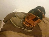 pair of brown leather cowboy boots Brandon, 39042