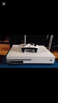 Xbox one with games Regina, S4N 1K9