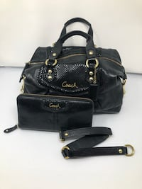 Coach Purse + Wallet Piedmont, 94611
