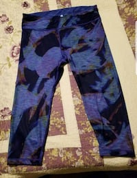 Reversible Workout Tights St. Catharines, L2M 6W3