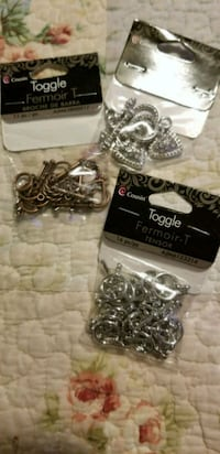 Jewelry crafting toggles & clasps Essex, 21221