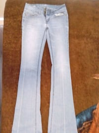 25/32 flair jeans  Fort MacLeod, T0L 0Z0