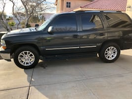 2004 Chevrolet Tahoe 2-Wheel Drive LS
