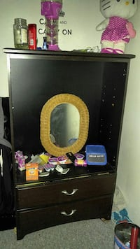 oval gold frame mirror 627 km