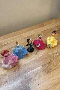 Disney princesses statues Whitby, L1P 1B7