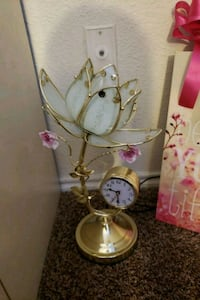 Gold flower lampstand 1025 mi