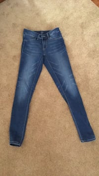Juniors Pants Size 3 Fredericksburg, 22407