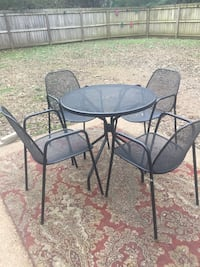 Outdoor Metal table & chairs Spring Hill, 37179