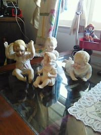 two brown and white ceramic figurines Richmond, 23225