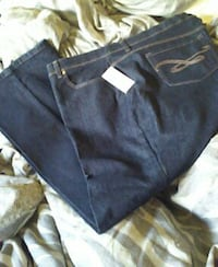 New Macy's dark rinse jeans 22w Los Angeles, 90230