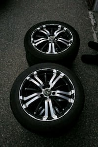 chrome multi-spoke auto wheel with tire set Waterloo, N2J 1M8